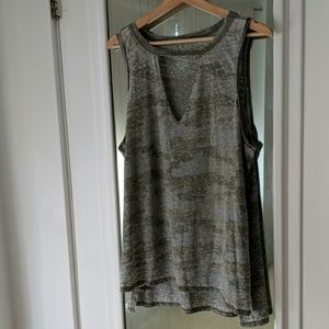 American Eagle Outfitters Distressed Camo Tank
